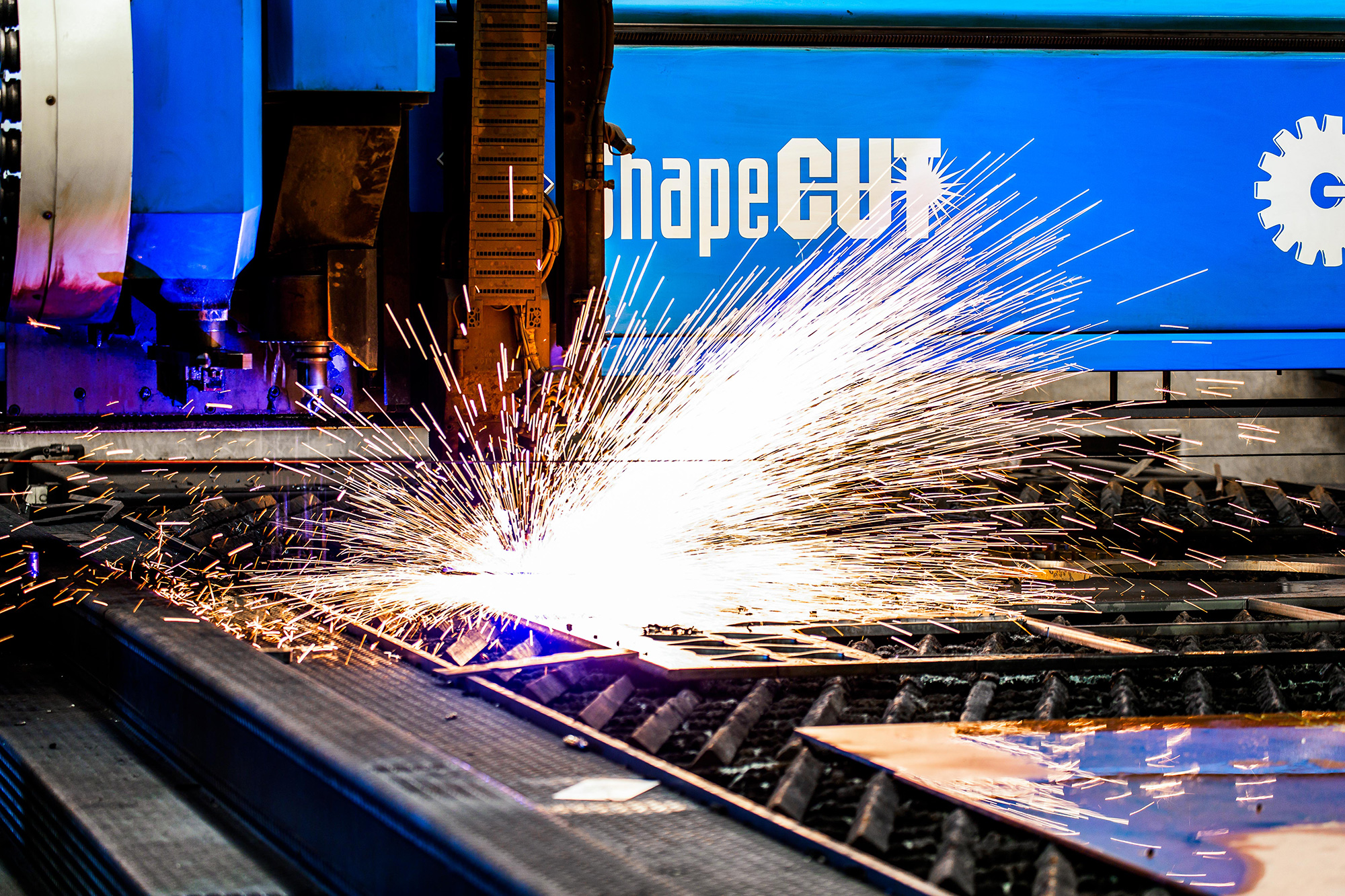 Saying hello to our new CNC plasma cutter